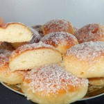 Aardappelbroodjes met aardappelpuree