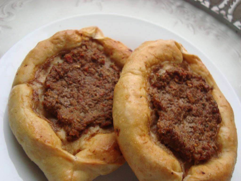 Kiymayli Ekmek