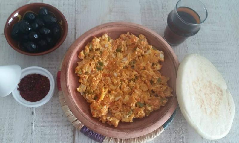 Turks roerei met groenten (Menemen)