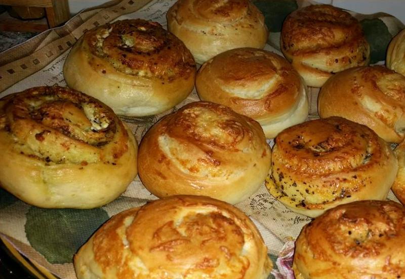 Privé: Turkse kaas broodjes en pesto broodjes