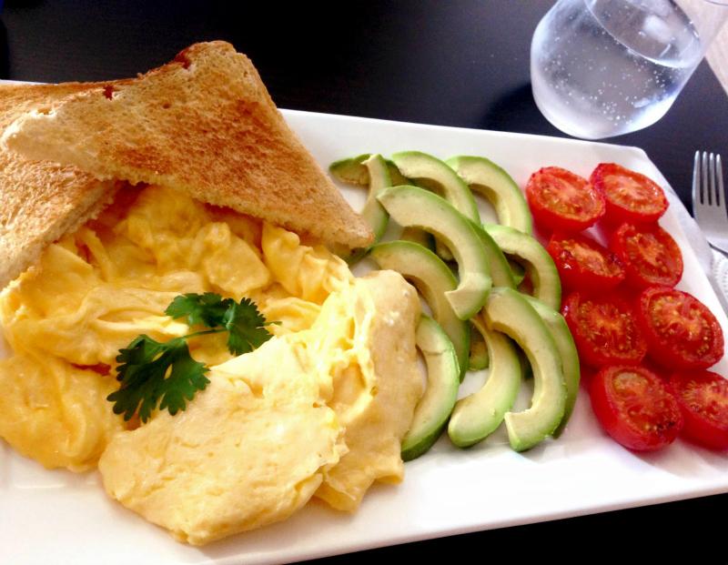 Romige scrambled eggs (roerei)
