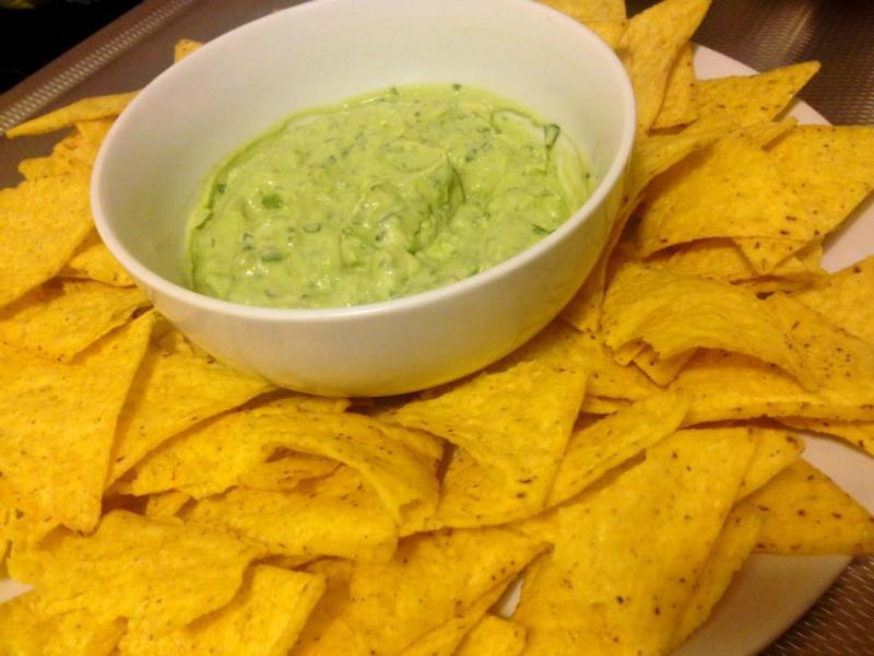 Homemade guacamole dipsaus