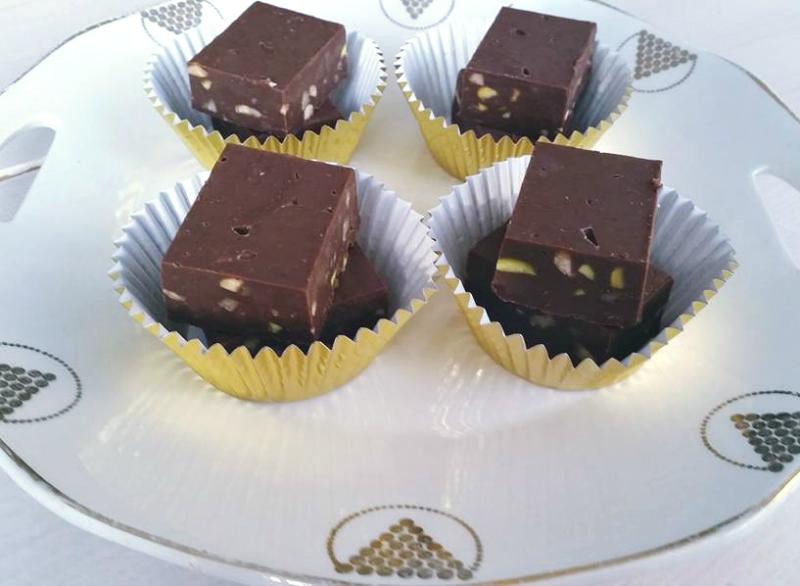 Chocolade fudge met noten