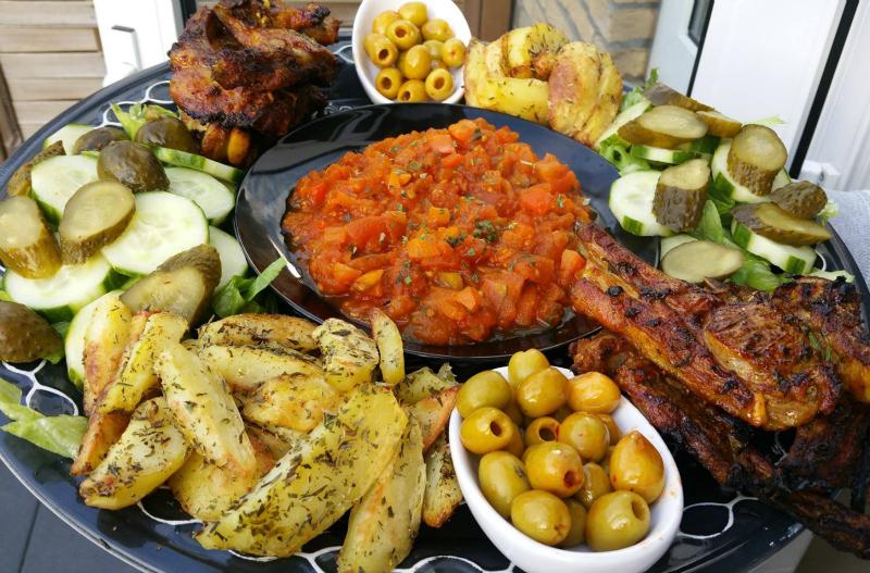 Marokkaanse koteletjes mix schotel