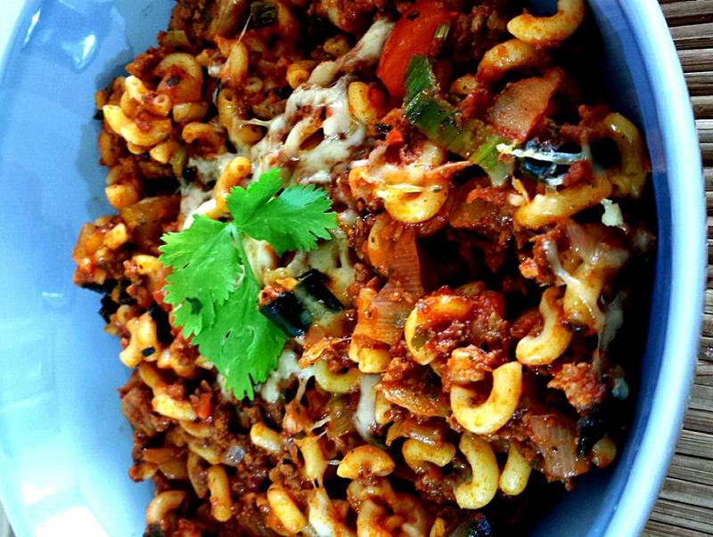 Macaroni met gehakt en groente