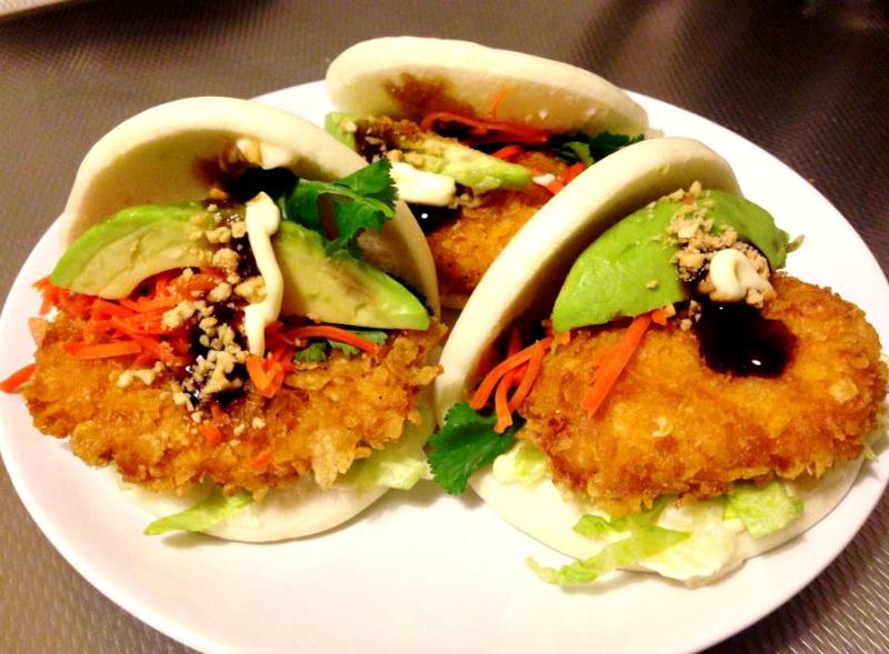 Vietnamese crispy kipburgertjes