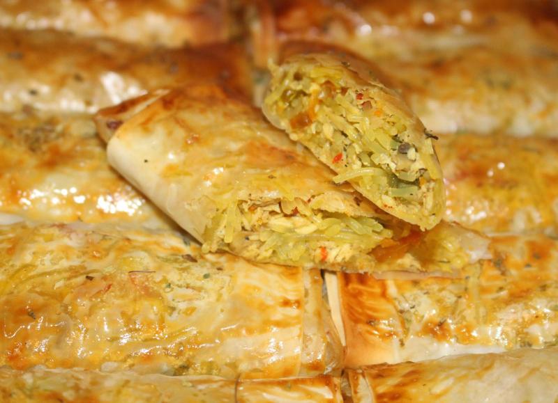 Loempia met kip gemaakt van filodeeg