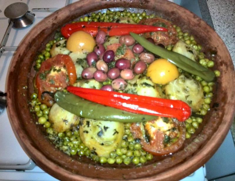 Tajine met kalfsvlees, artisjokken en doperwten