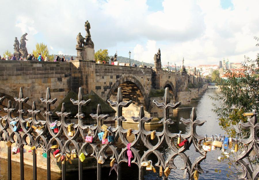 stedentrip_praag_charles_bridge