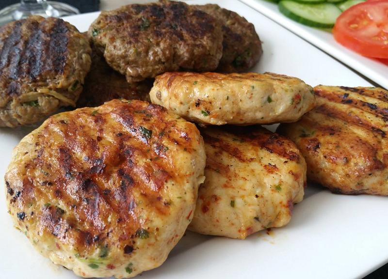 Pittige kipburgers