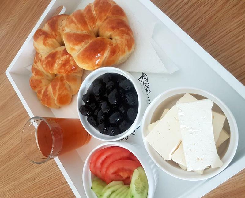 Açma (Turkse zachte broodjes)