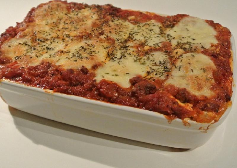 Lasagne met gehakt en worst