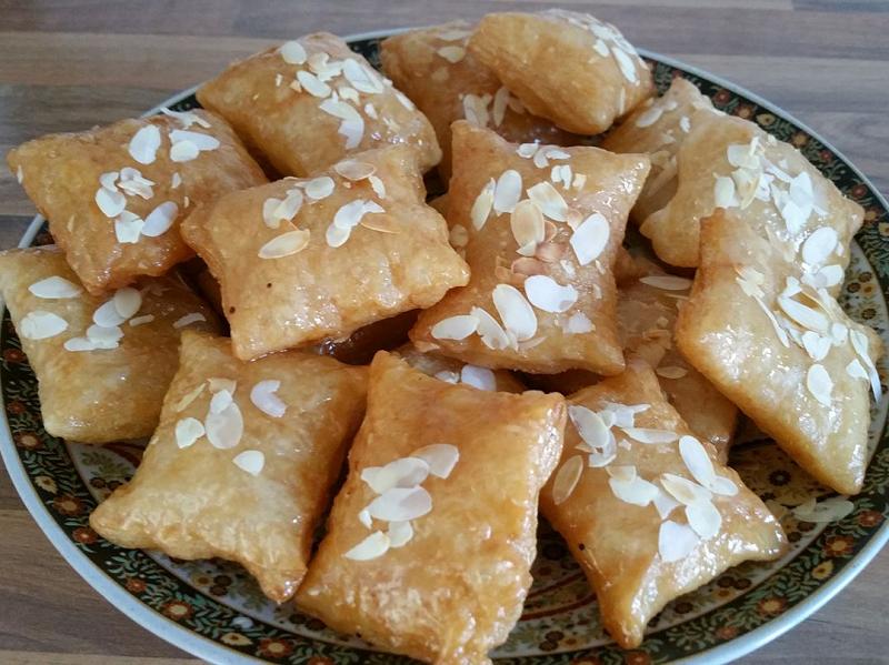 Msemen met amandel en honing