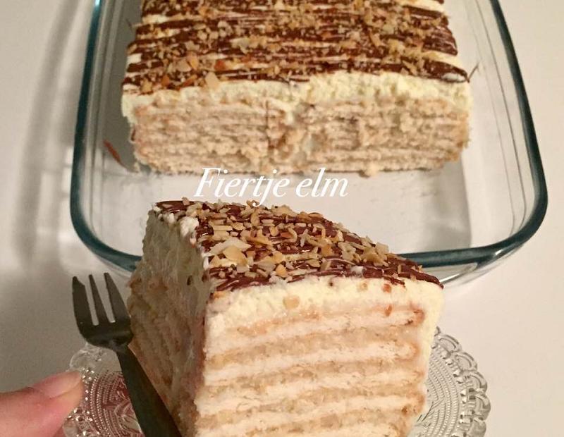 No-bake Vanille Biscuit Cake