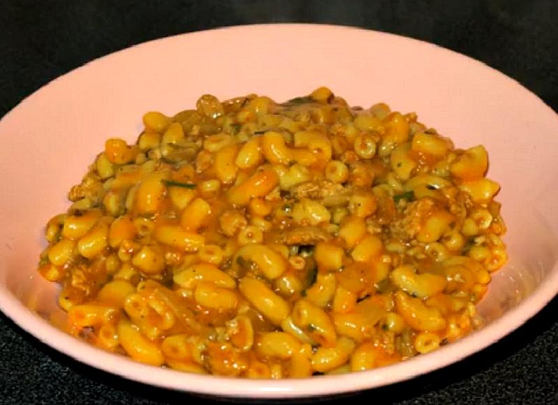 Eenpans macaroni met gehakt