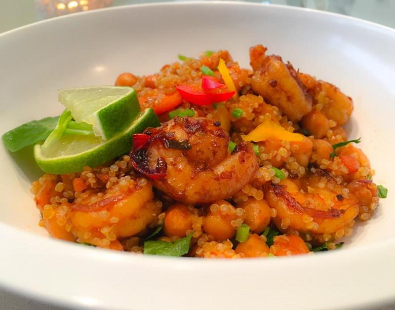 Quinoa met gamba's en kikkererwten