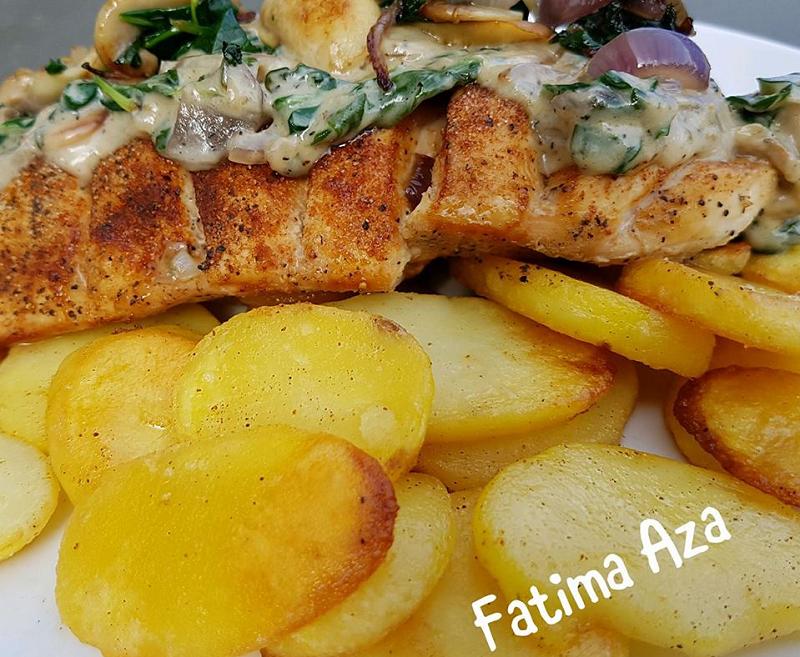 Kip met aardappel en champignonsaus
