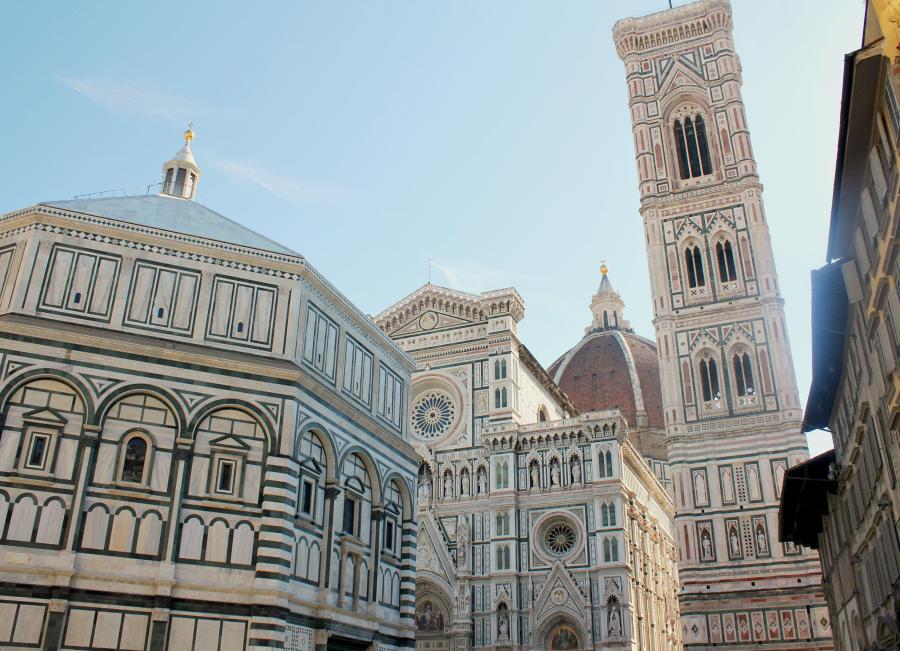Florence vindt alphabet dating