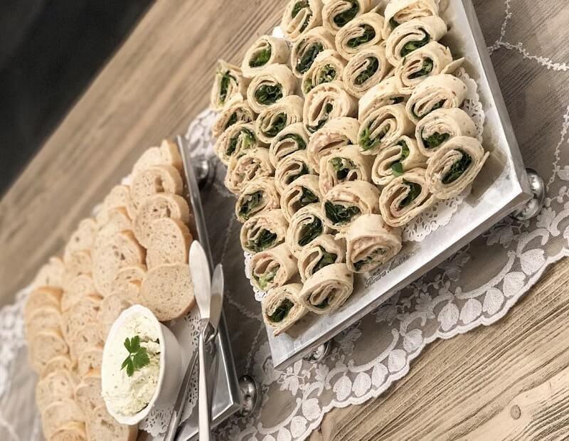 2x wraps: krabsalade & kipfilet tuinkruiden
