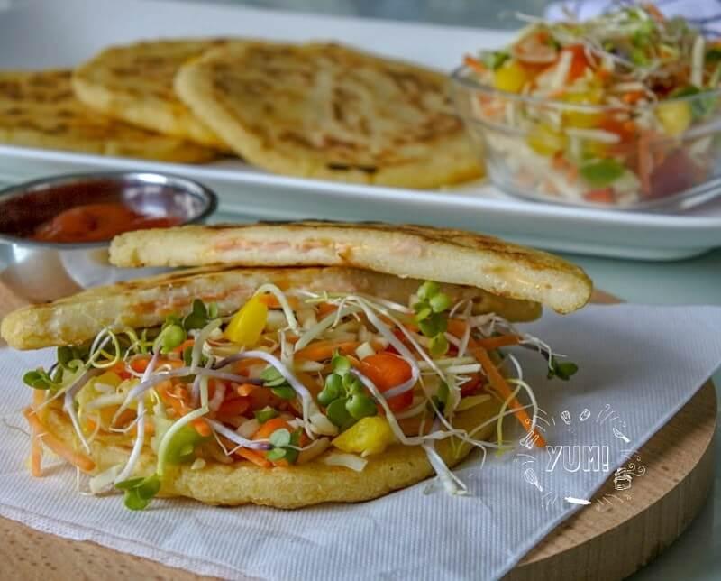 Platte glutenvrije maïsbroodjes (Arepas)