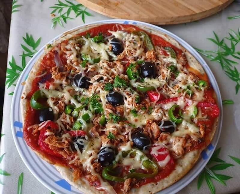 Tonijnpizza maken zonder oven
