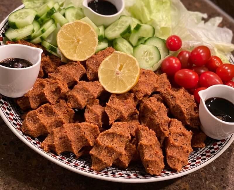 Etsiz cig köfte (vegetarische köfte)