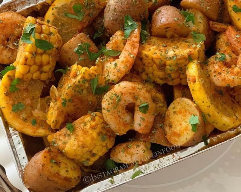 Shrimp boil folie pakketjes uit de oven
