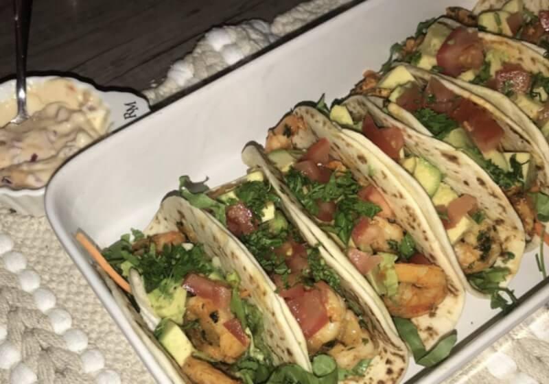 Soft taco's met pittige garnalen